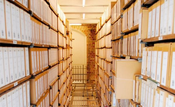 Curso de archivos y catalogación de libros