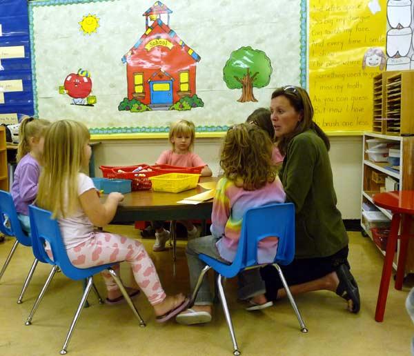 Curso auxliar de jardín de infancia