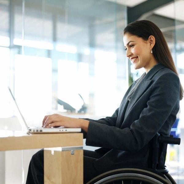 Más de la mitad de las personas sin empleo y con discapacidad deciden realizar cursos de formación