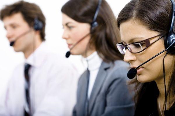 Los-agentes-de-los-Contact-Center-podrían-estudiar-su-oficio-en-la-F.P.
