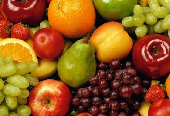 La Unión Europea impulsa el reparto de frutas en los colegios