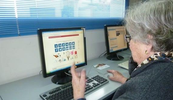 Un alto nivel de estudios protege a los ancianos frente a la depresión