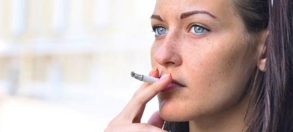 Los buenos estudiantes fuman menos