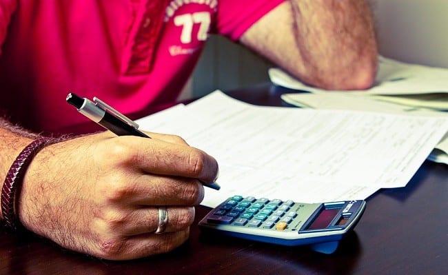 Bajan los impuestos