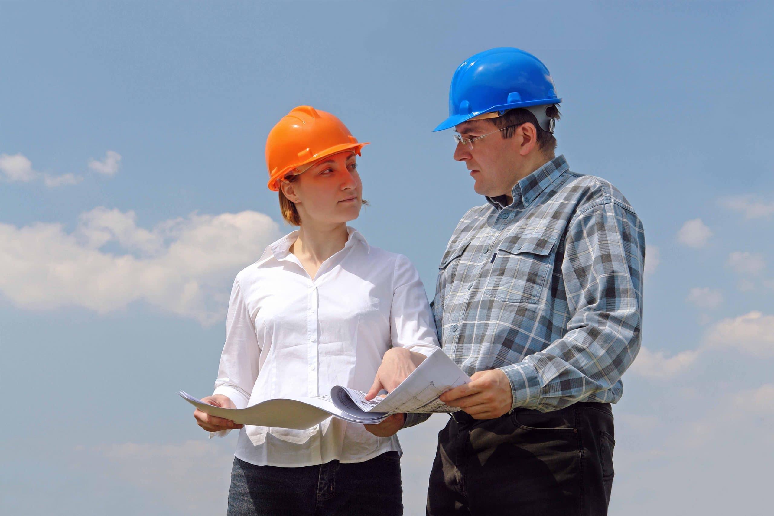 Técnico en Mediciones, Arquitecto y Maestro de Obras