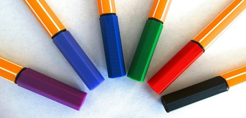 Bolígrafos de colores