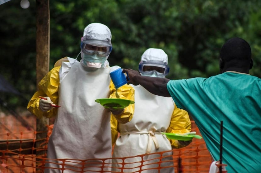 crisis ebola