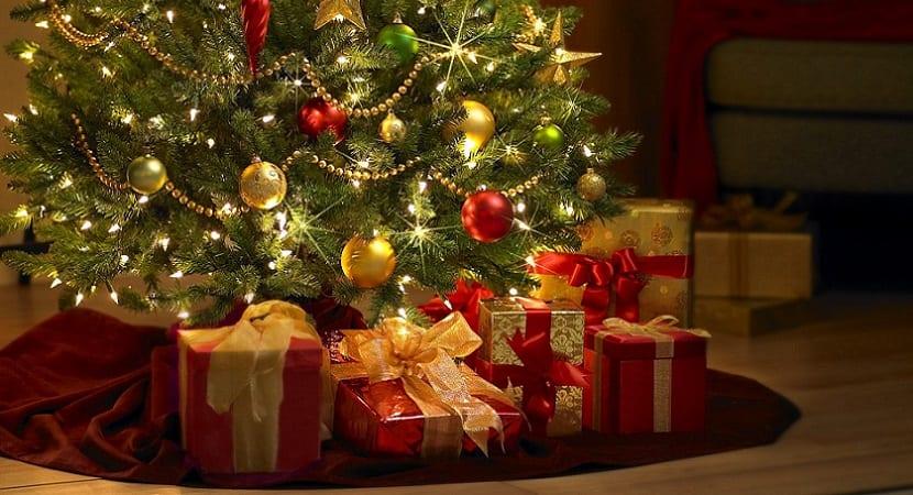 Cinco motivos para regalar un libro en Navidad