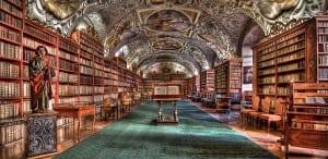 Ventajas de las bibliotecas físicas frente a las virtuales