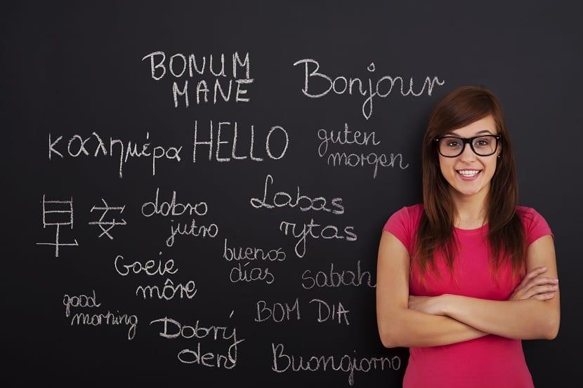 aprender un nuevo idioma chica
