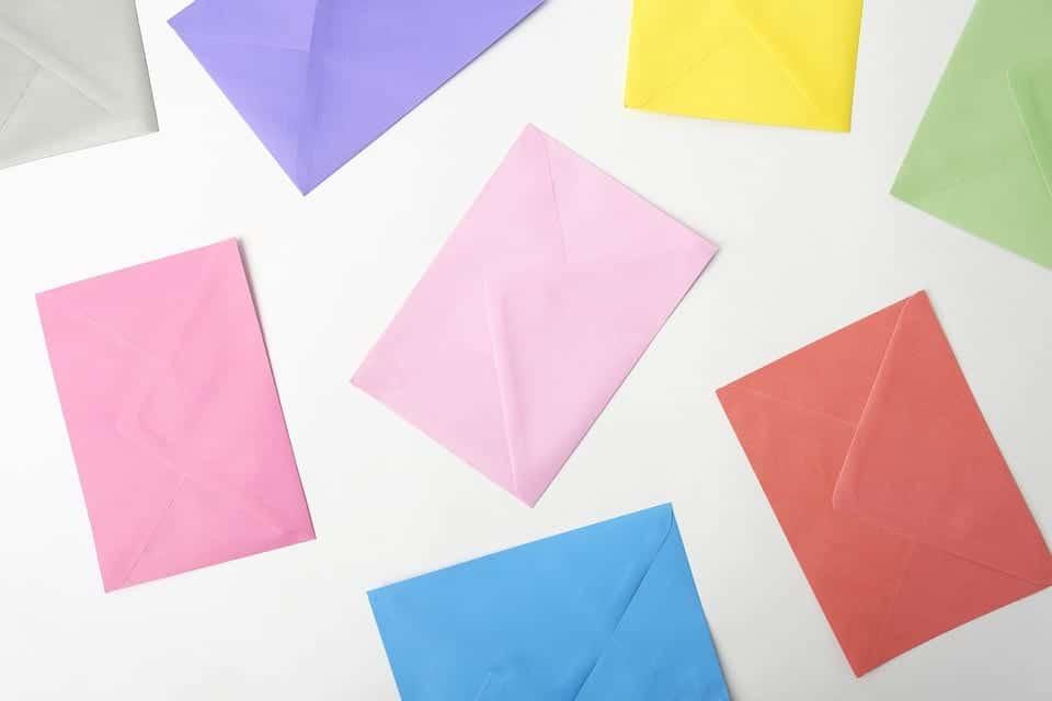Cómo escribir una carta de presentación para una beca