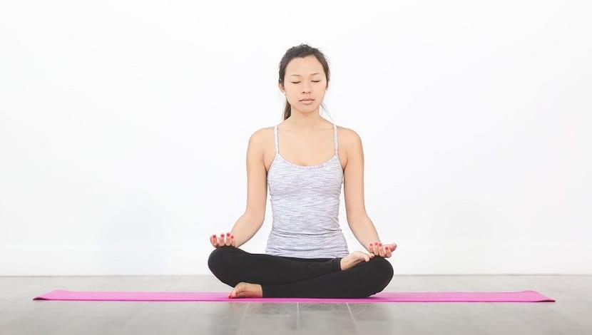 Cinco beneficios de la meditación para estudiantes