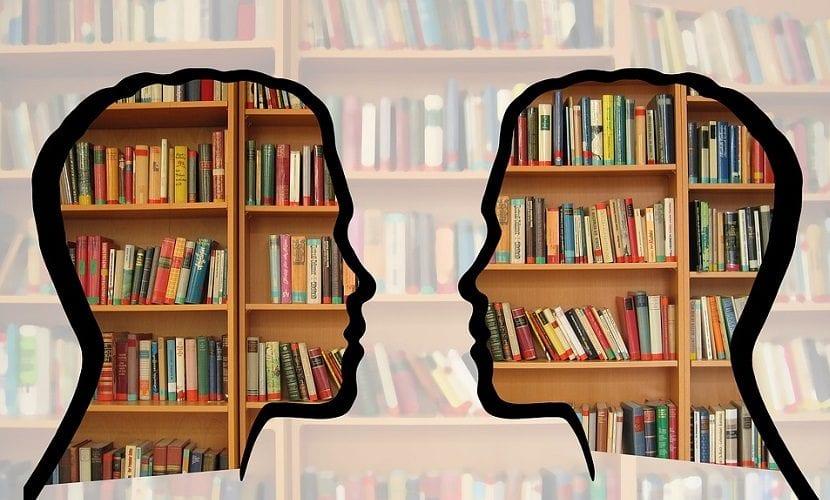 Estudiar en la biblioteca