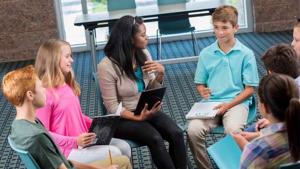 diferencias entre escuelas publicas y privadas