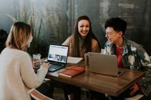 5 beneficios de la comunicación en el trabajo en equipo