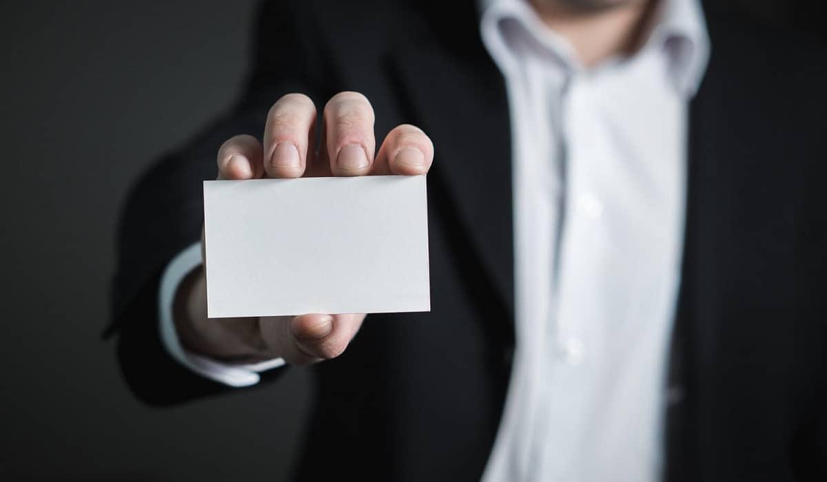 5 razones para tener una tarjeta de visita personalizada