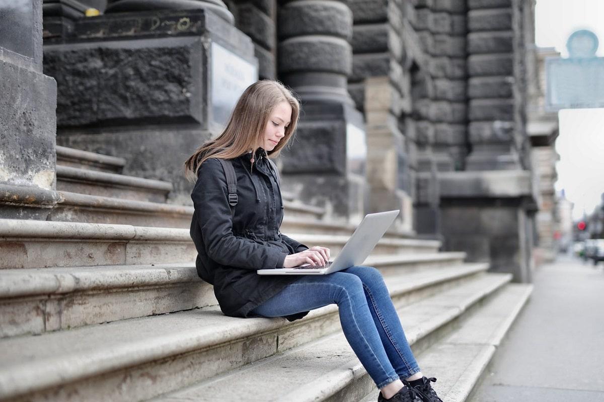 5 beneficios de la lectura en tu desarrollo profesional