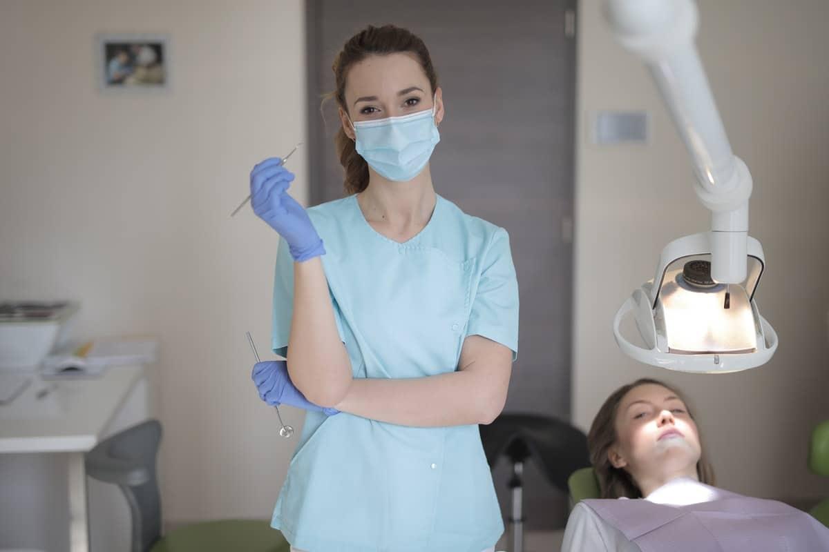 Cinco consejos para buscar trabajo como odontólogo